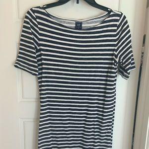 Gap maternity navy/white striped dress